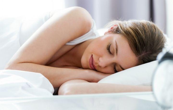 alvás hőségben